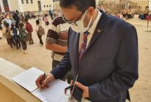 صورة وكيل تعليم الغربية فى زياره لمدرسه الجهاد بشرق طنطا::